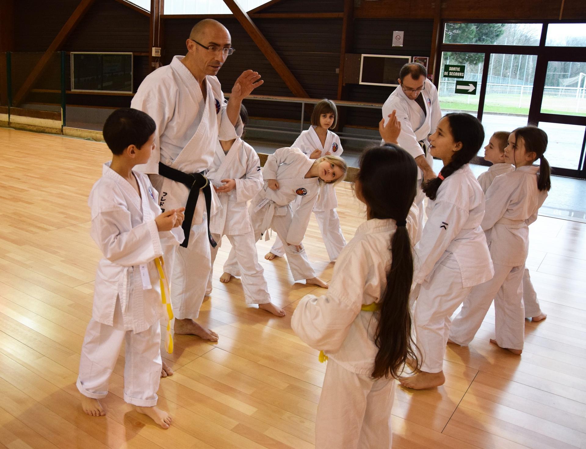 Cours enfants Oshukai Karaté Kobudo Strasbourg
